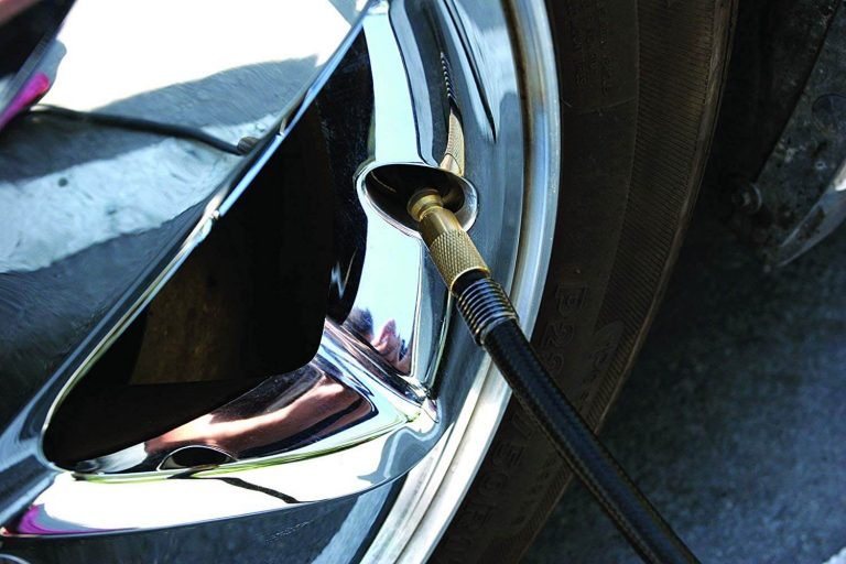 How to Using Air Compressor to Air Up Your Car Tire
