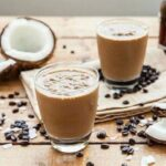 Benefits of putting coconut oil in your coffee